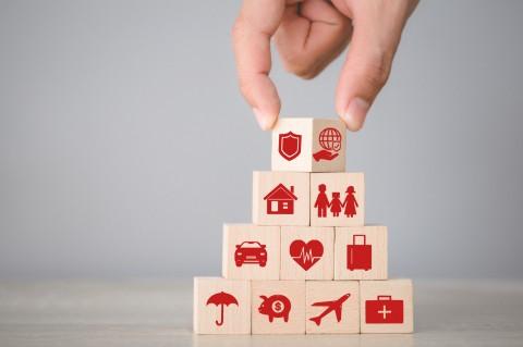 Insurance block pyramid